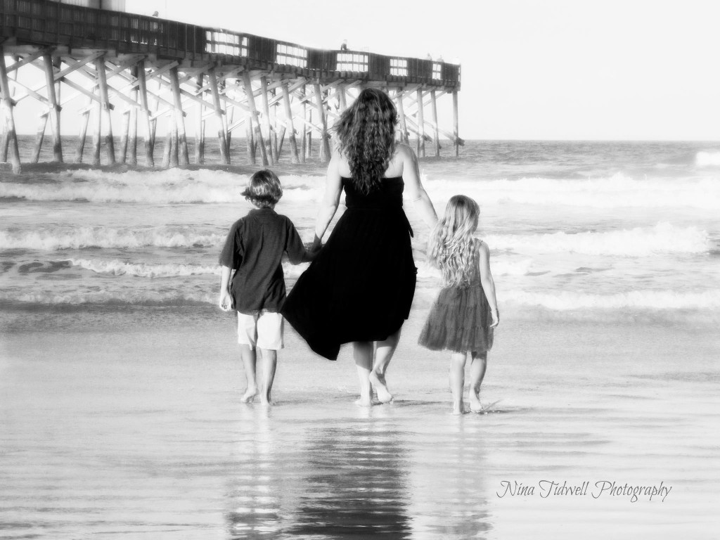 Family Beach Portraits Nina Tidwell Photography